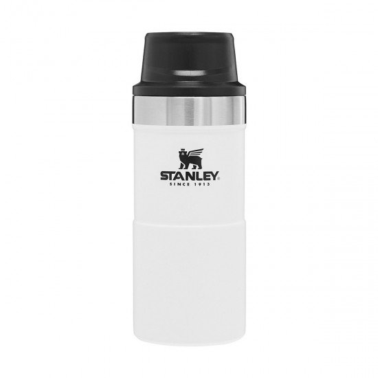 Stanley Classic One Hand Vac  0.35 L  Polar White